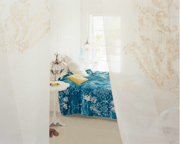 Carolyn Quartermain blue bedroom