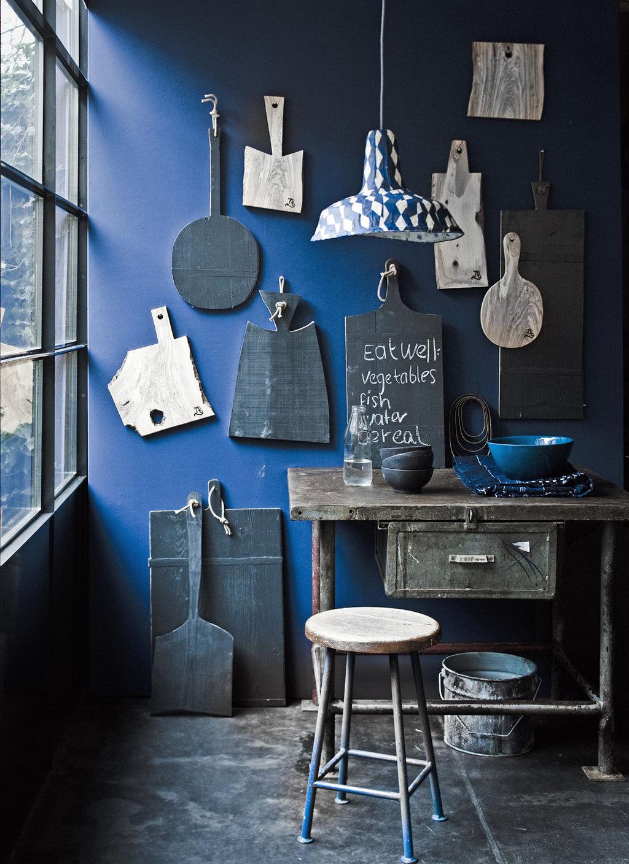 cool blue kitchen wall