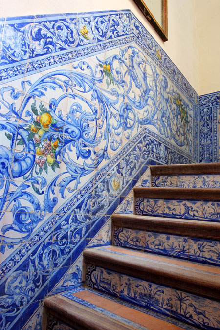 18th-century polychrome blue and yellow tile stairs