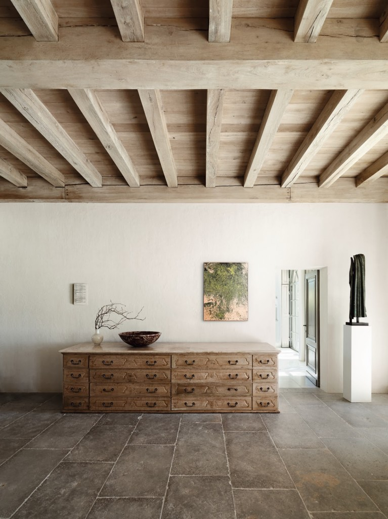 Axel Vervoordt's living with light entry way