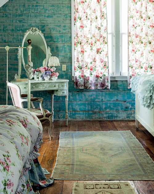 Prairie shabby chic bedroom interiors by color Rachel ashwell interiors