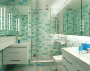 Gleamin Glass Tiles Bathroom