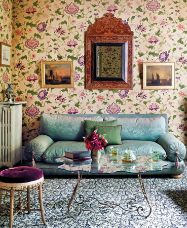 Romantic French Living Room