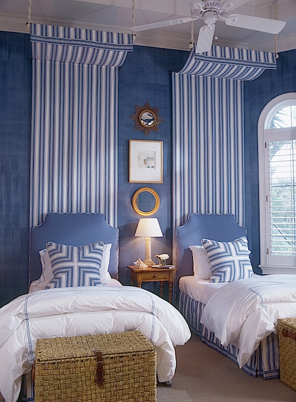 traditional stripe bedroom twin bed