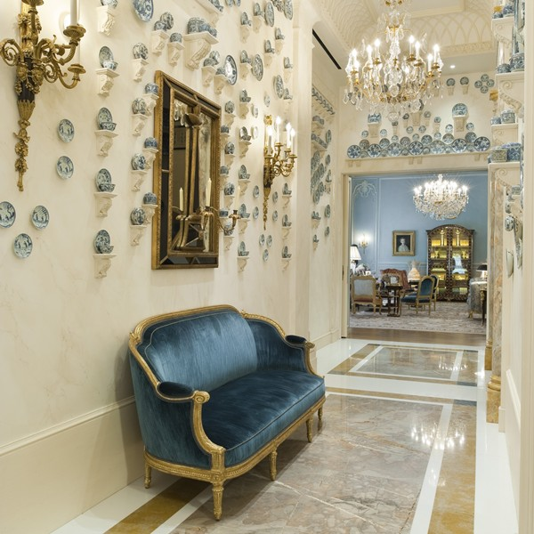 New York Apartment Address: Classic New York Apartment In Pale Blue