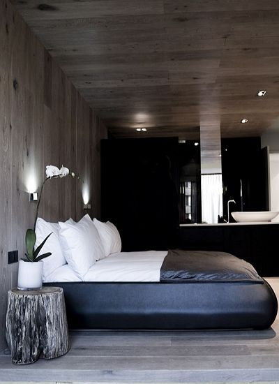 English Country Home Interiors: Masculine And Contemporary Masculine Bedroom