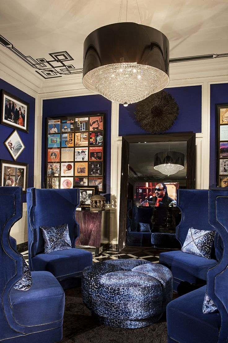 Navy Blue Vevet Stevie Wonder S Home Interiors By Color