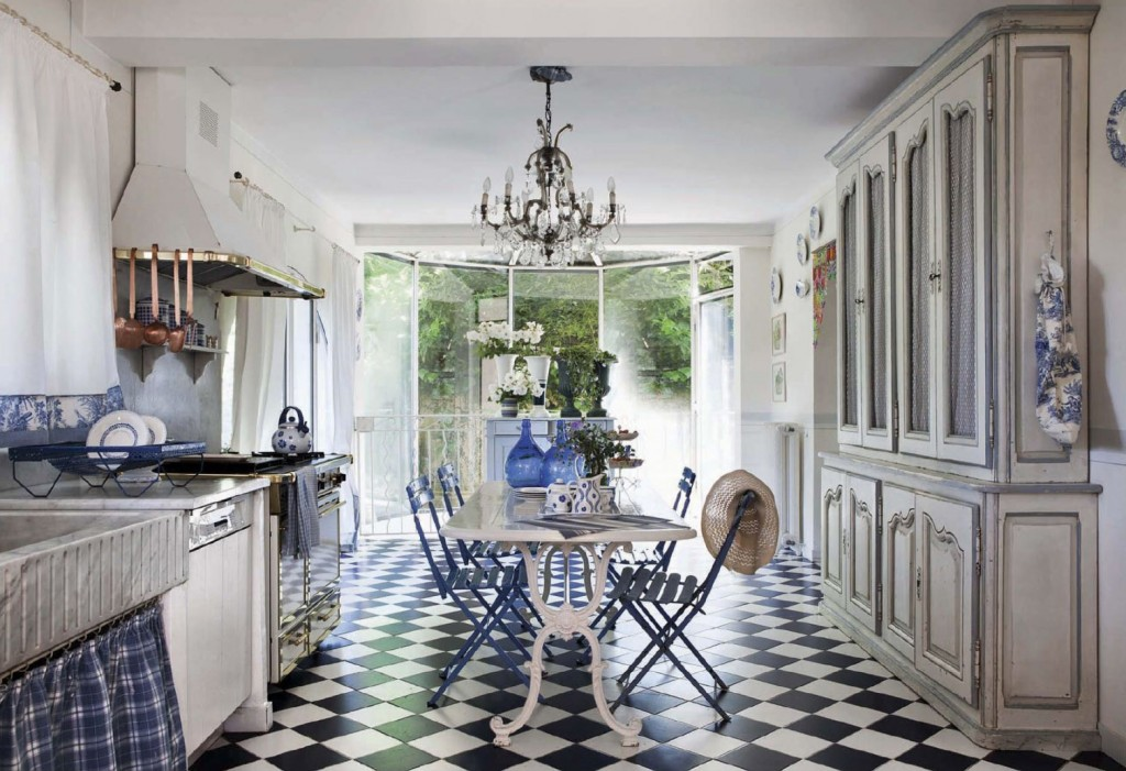 French Riviera Inspired Cottage Kitchen