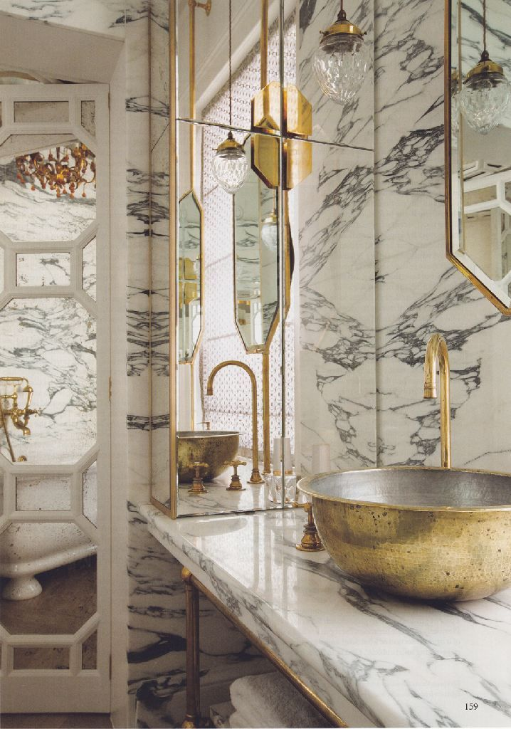 marble walls bathroom