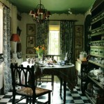 Bramfield Folly in England Dining