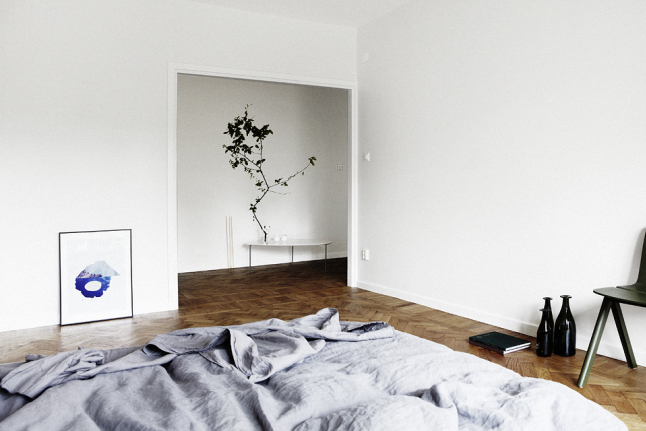 Minimal Japanese Style Apartment - Interiors By Color