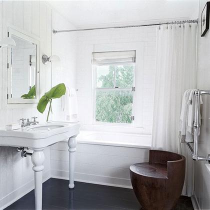 Southampton Cottage by Timothy Whealon bathroom