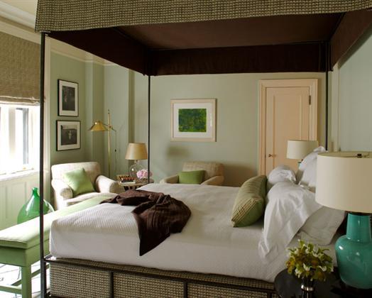 Timothy Whealon bedroom