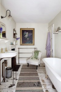 Shabby Bathroom in White and Purple