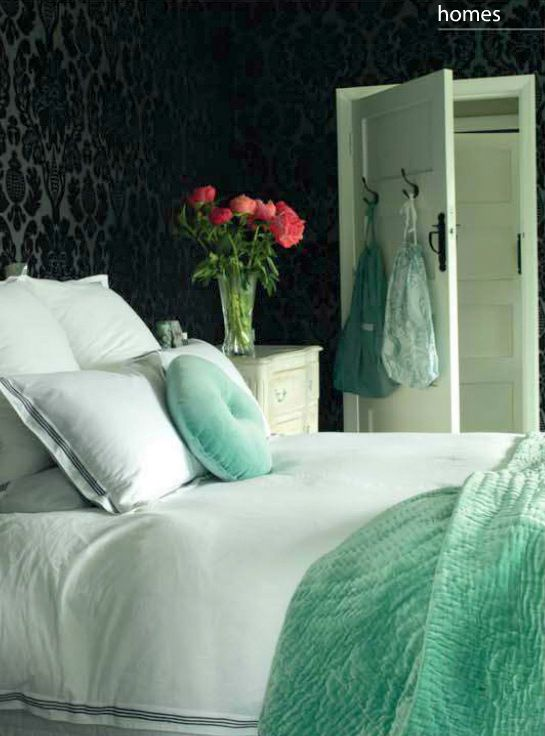 Bedroom in Black and Aqua