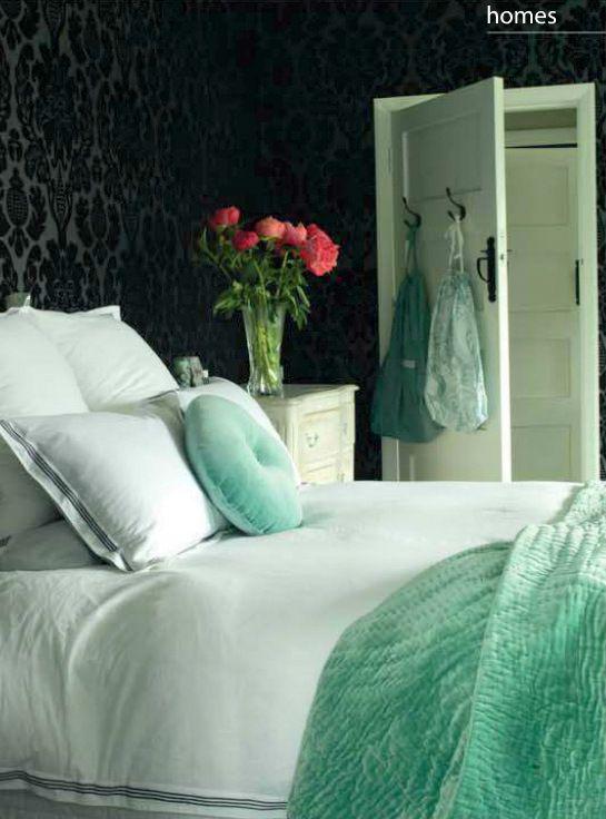 Bedroom in Black and Aqua