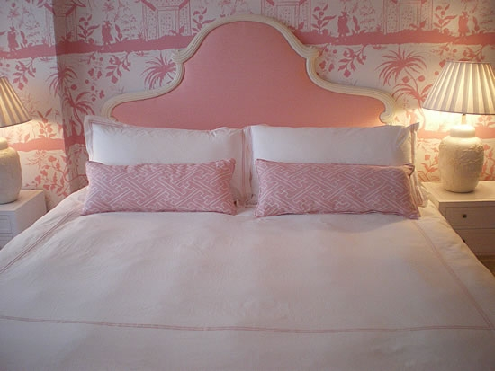 Tropical Bedroom in Pastel Pink