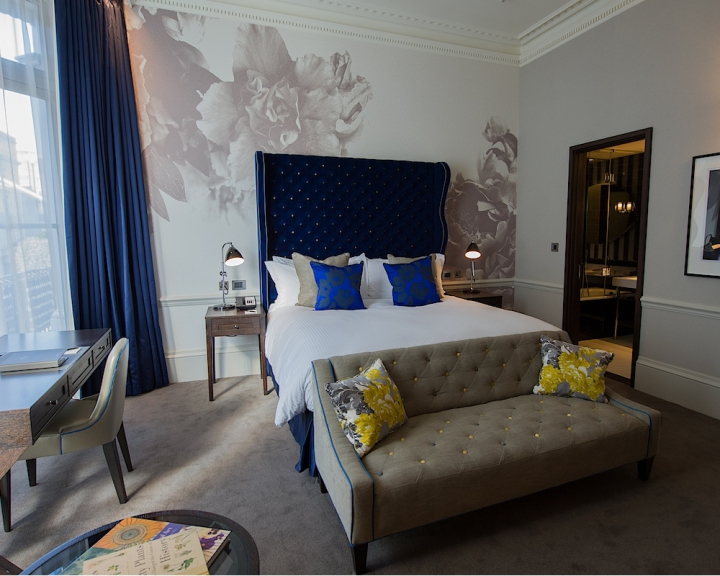 A Bedroom In The Ampersand Hotel Interiors By Color