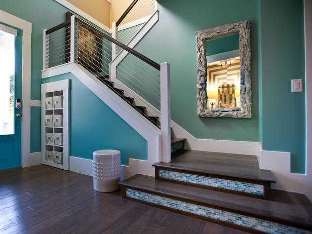 turquoise foyer