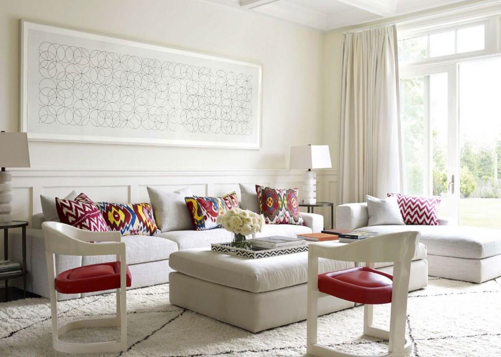 Contemporary Family Room in The Bridgehamptons