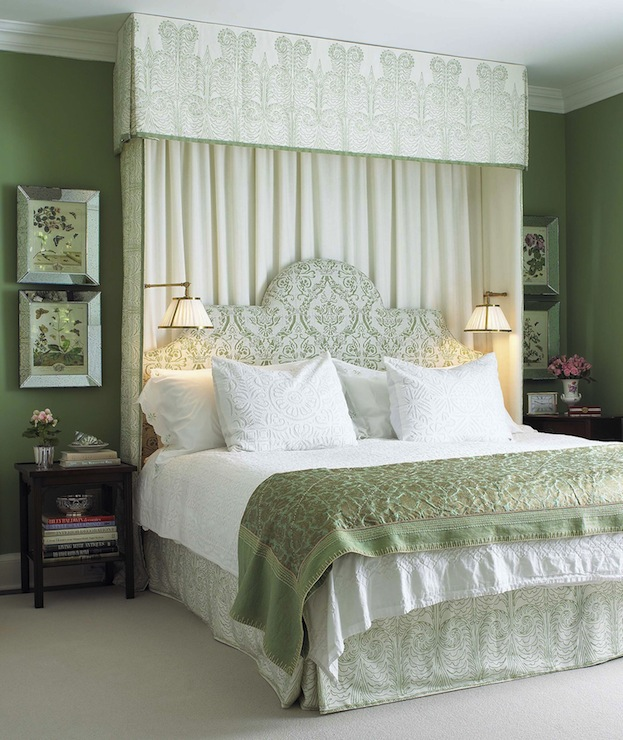 Damask Canopy Bed in Green