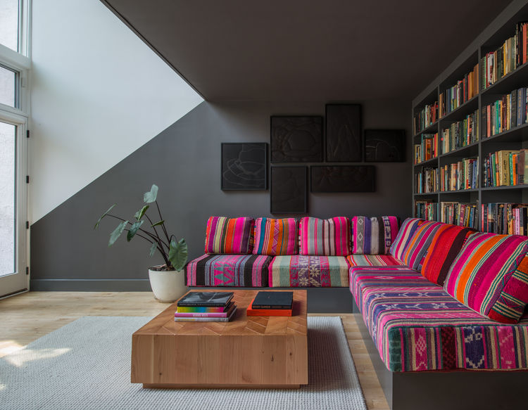 Contemporary Living in Dark Gray and Pink