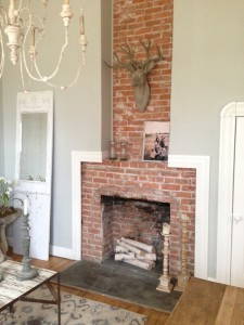 Walls in Sherwin Williams' Silver Strand