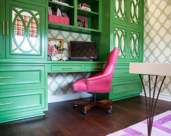 Study Desk in Pink and Green - benjamin moore bunker green 1