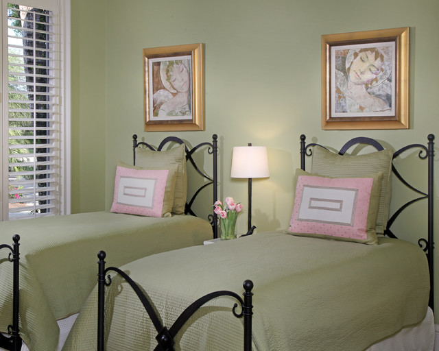 Florida Vacation Home- Guest Bedroom in Green