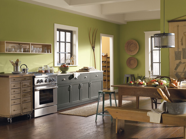 Contemporary Kitchen Painted in Sherwin WIlliams Paints.