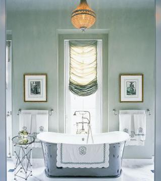 Farrow & Ball Skylight 205 in the Bathroom