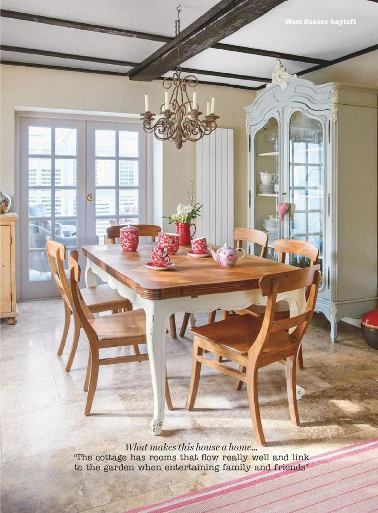 country dining with pops of red