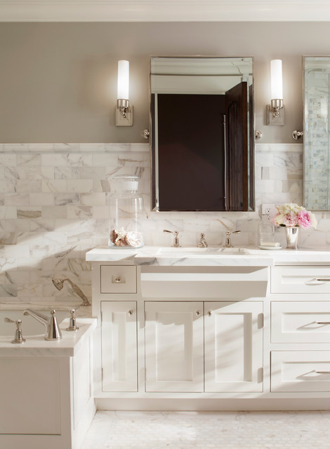 Revere Pewter and White Dove bathroom