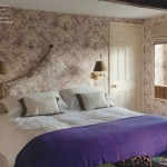 Traditional chinoiserie purple bedroom