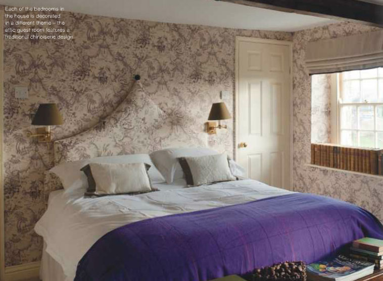 Blue Toile Bedroom Ideas: Traditional Chinoiserie Purple Bedroom