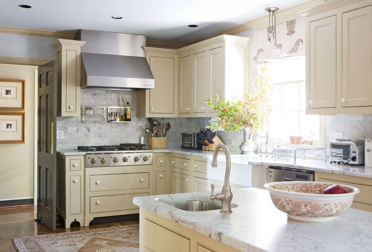 Pastel blues gold and greens traditional home tour for Classic kitchen paint colors