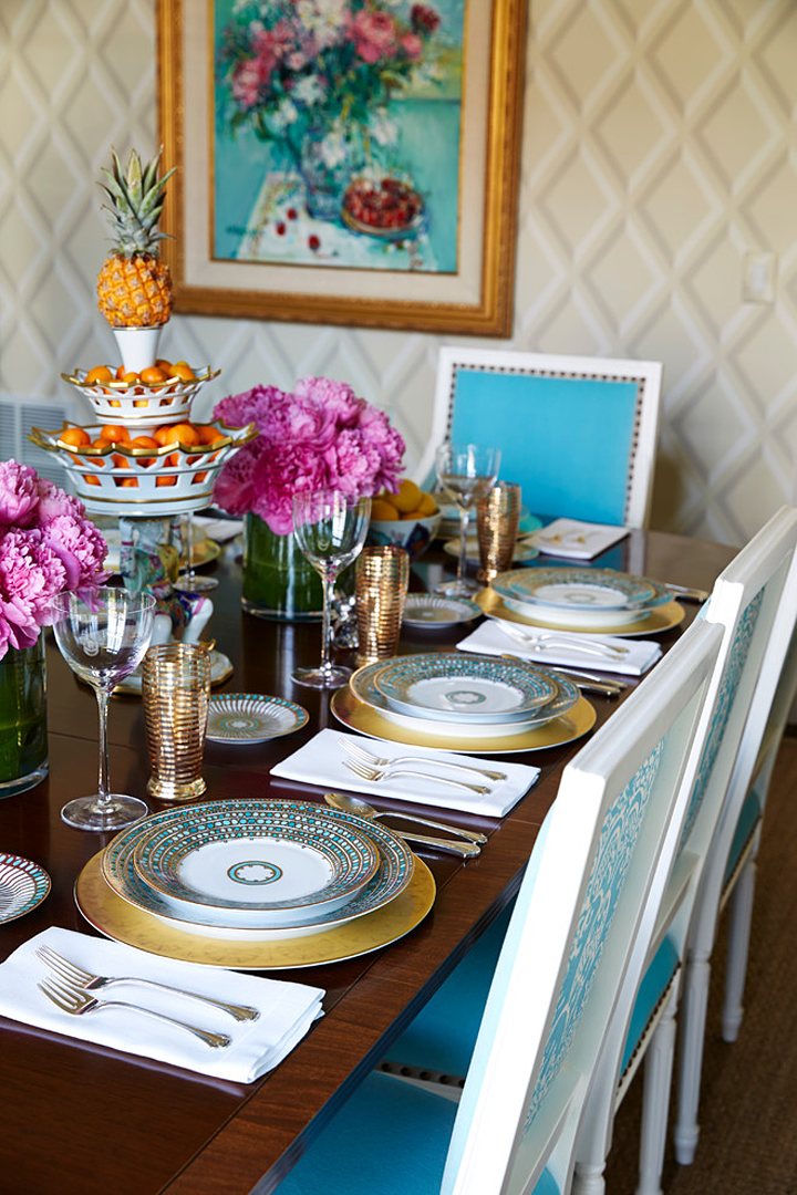 turquoise and gold table setting