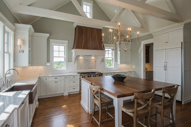 Benjamin Moore Horizon kitchen walls. Via Jackson Built Custom Homes