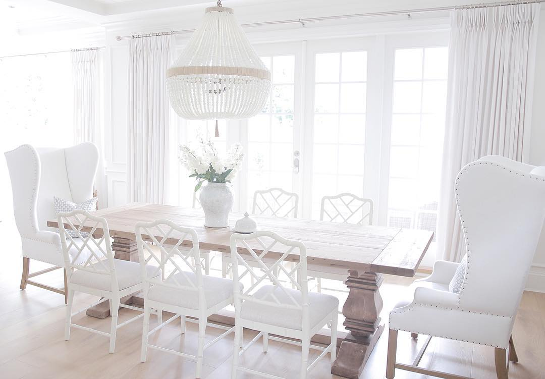 Benjamin Moore's Simply White walls dining room