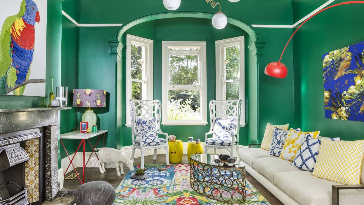 Tropical themes eclectic living room with walls painted in Dulux Green Paw Paw.