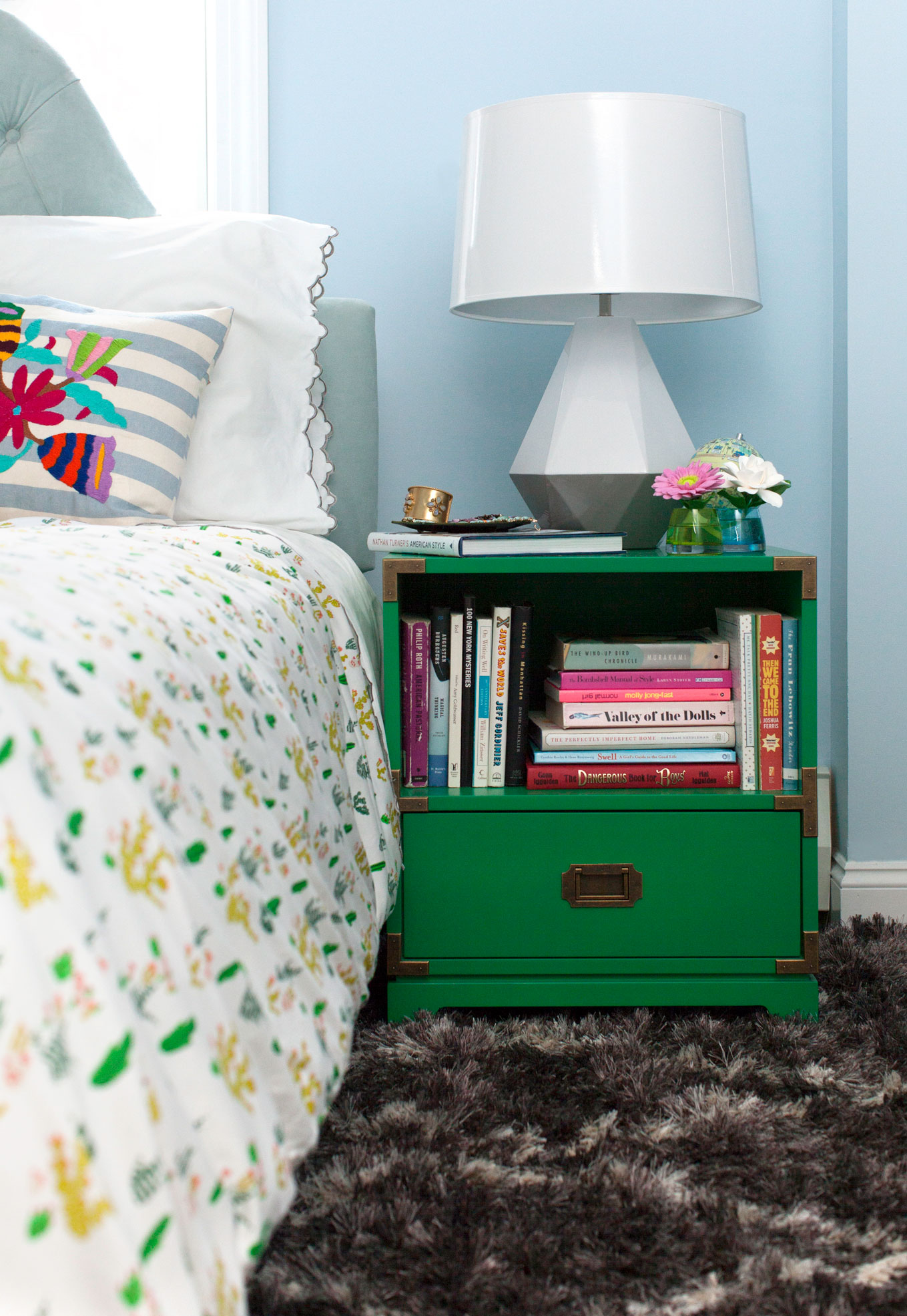 kelly green interior decor and paints