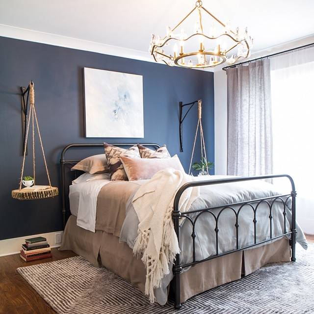 Bedroom Color Ideas With Accent Wall: Benjamin Moore Hale Navy Bedroom Paint