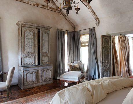 Amelia T. Handegan bedroom design