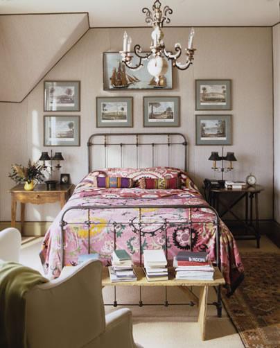 Traditional boho bedroom
