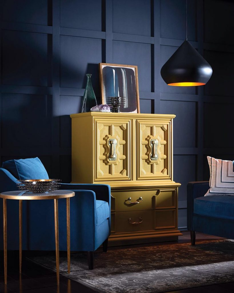 Sherwin Williams Noir Wall - Colormix 2017 Color Forecast