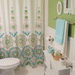 Retro Vintage Bathroom in Blue & Green
