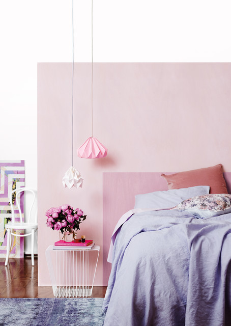 Dulux Bunny Soft Quarter and Dulux Lilac Fluff paints