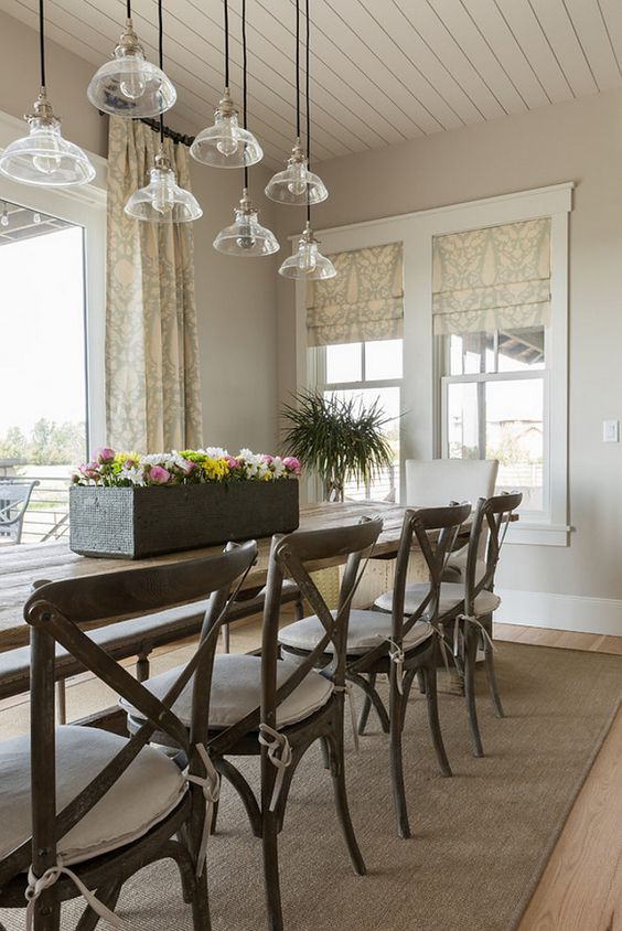 Dining room painted in Sherwin Williams Agreeable Gray