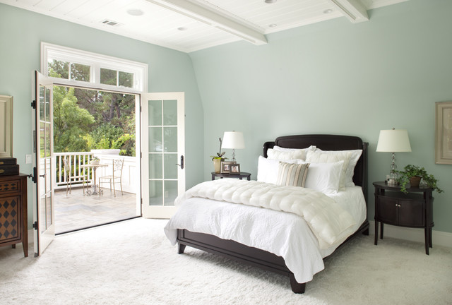 Benjamin Moore Woodlawn Blue walls and Benjamin Moore Cotton Balls