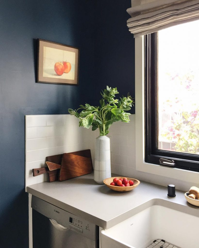 Farrow And Ball Pale Blue Bedroom: An Amazing Kitchen Painted In Farrow & Ball Stiffkey Blue